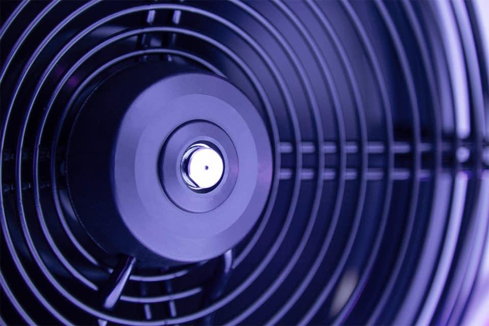 Ultrasun Q22 detailshot